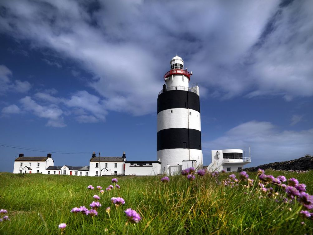 This image has an empty alt attribute; its file name is New-Hook-Lighthouse.jpg